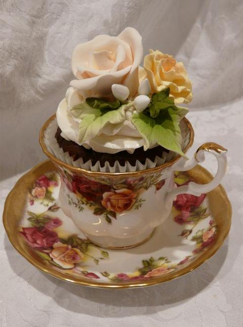 Vintage Tea Cups With Flower Garden Cupcake 1500 And Flowers Will Vary